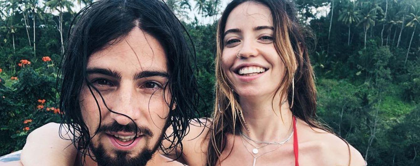 В бикини и объятиях мужа: Надя Дорофеева поделилась новыми пляжными снимками