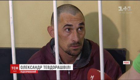 Два месяца под стражей проведет отец, которого подозревают в нападении на собственную полуторамесячную дочь