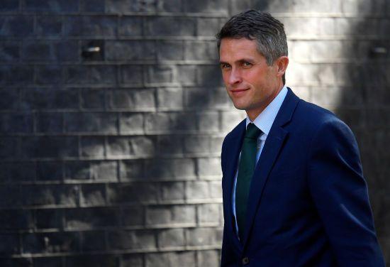 Держсекретар з питань оборони Великої Британії пообіцяв сприяти звільненню моряків з полону
