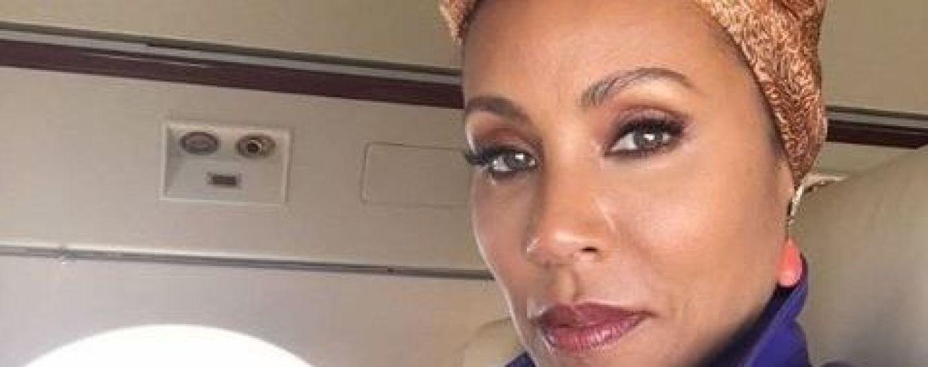 Жена Уилла Смита призналась, что страдала от алкогольной и сексуальной зависимости