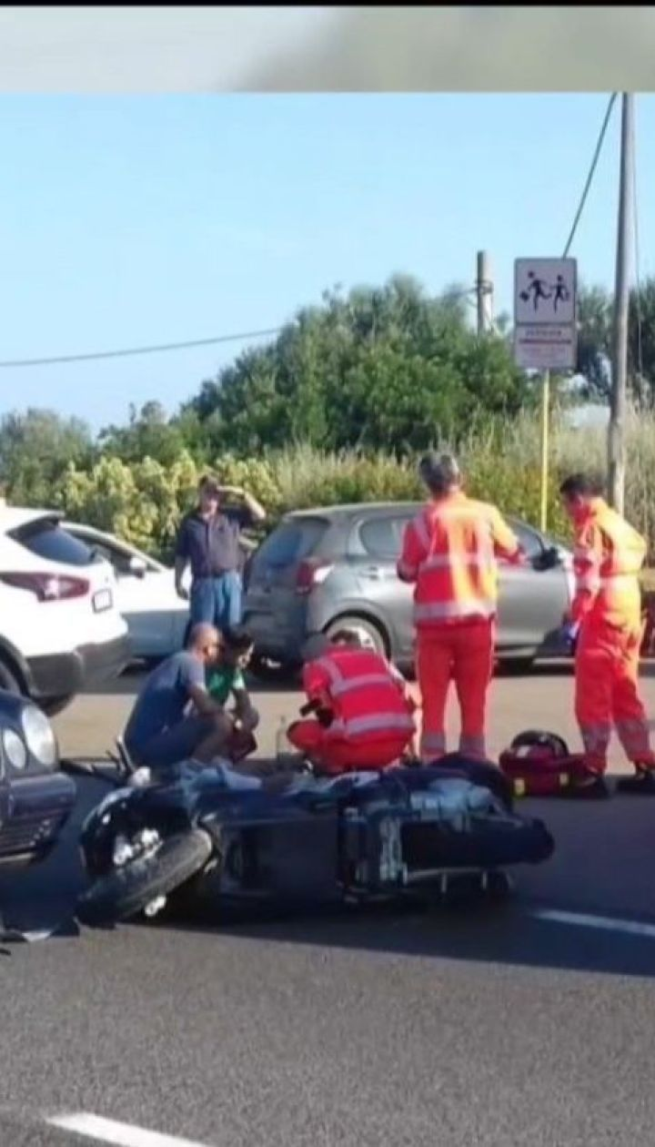 На итальянском острове Сардиния Джордж Клуни попал в ДТП на мотоцикле