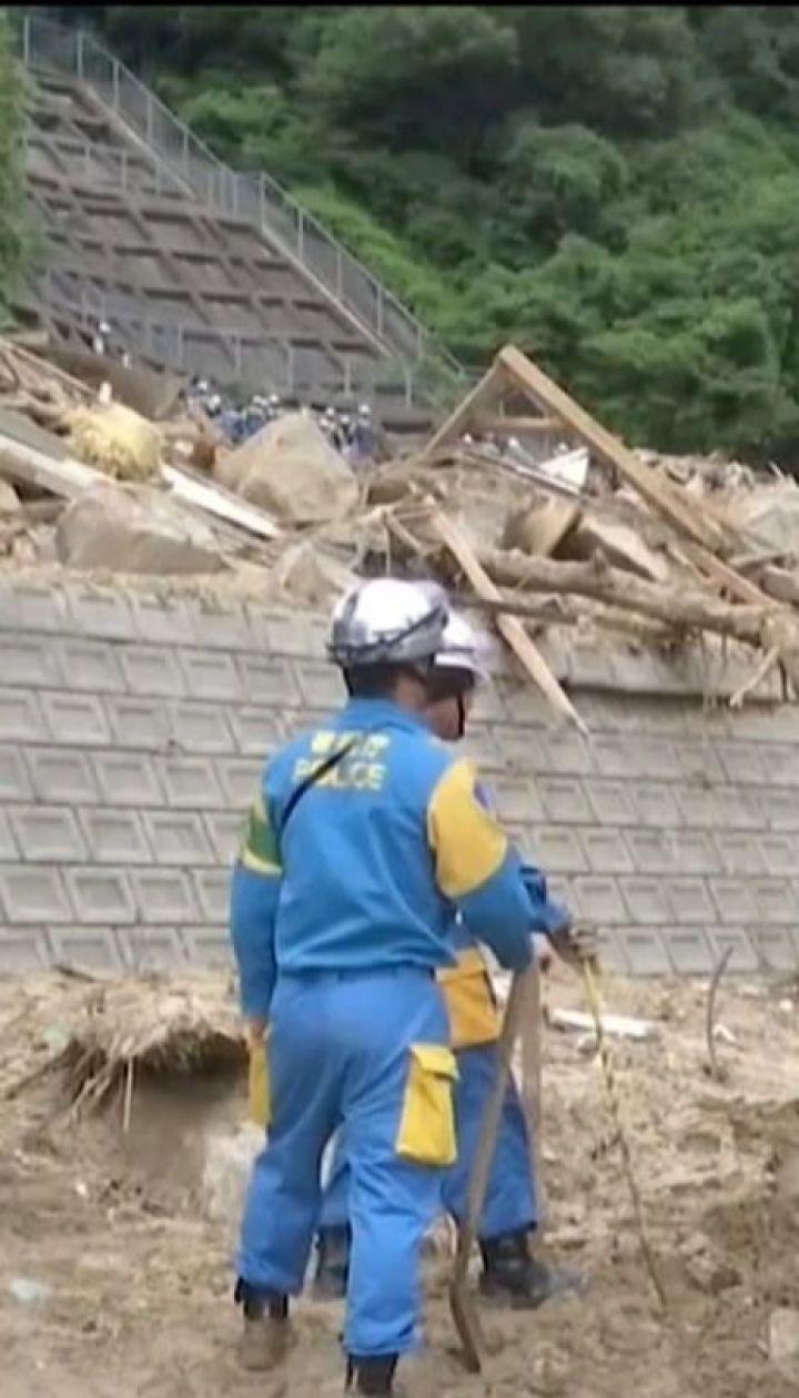 Декілька мільйонів японців залишились без житла внаслідок сильних повеней