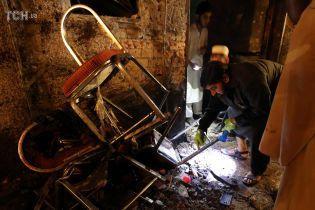 У Пакистані під час акції проти Талібану смертник підірвав себе у натовпі: 12 загиблих