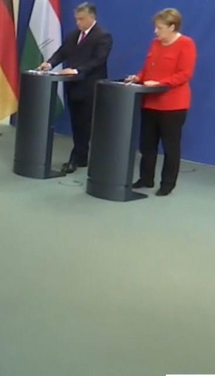 Аннексия Крыма и агрессия России в Донбассе стали вызовами для НАТО - Меркель