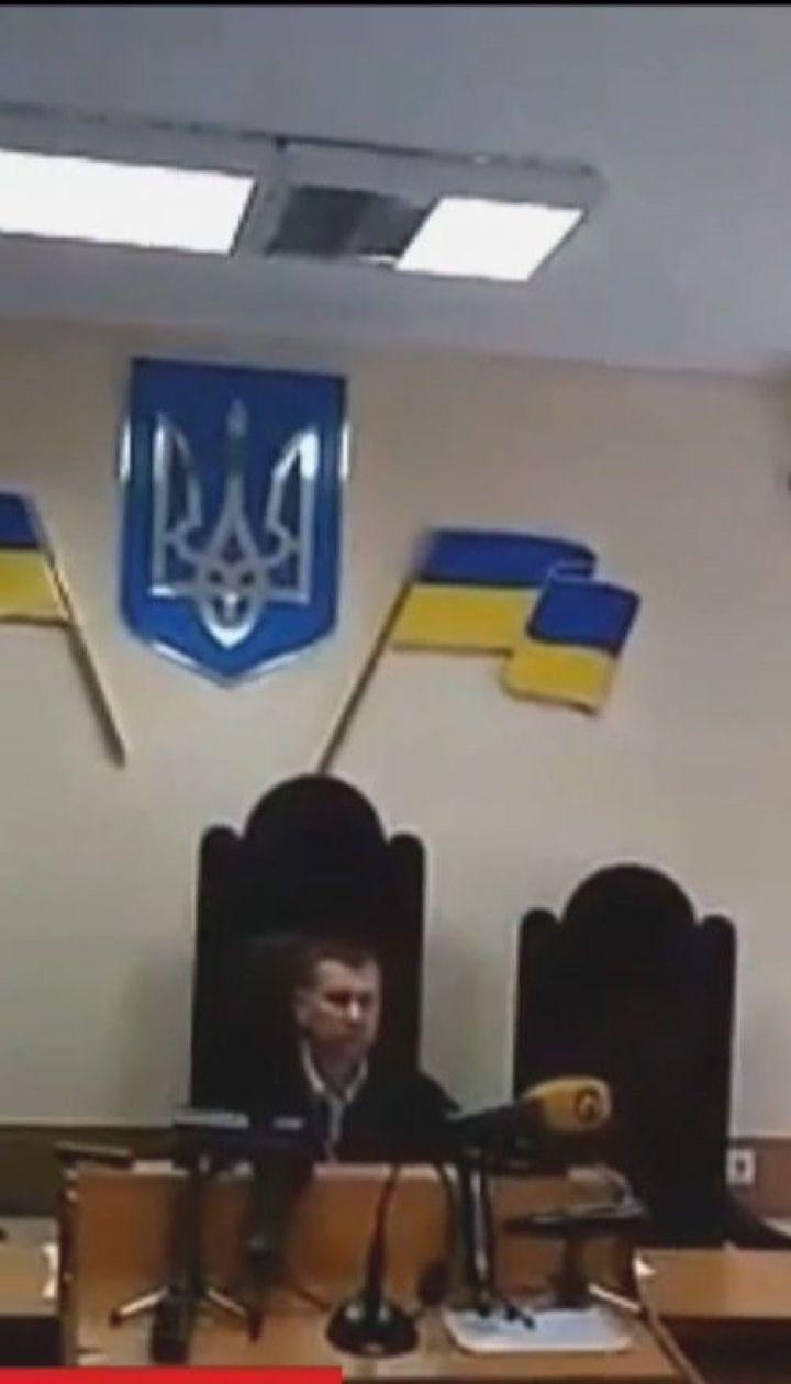 """Керівника """"РИА Новости-Украина"""" суд залишив під вартою ще на два місяці"""