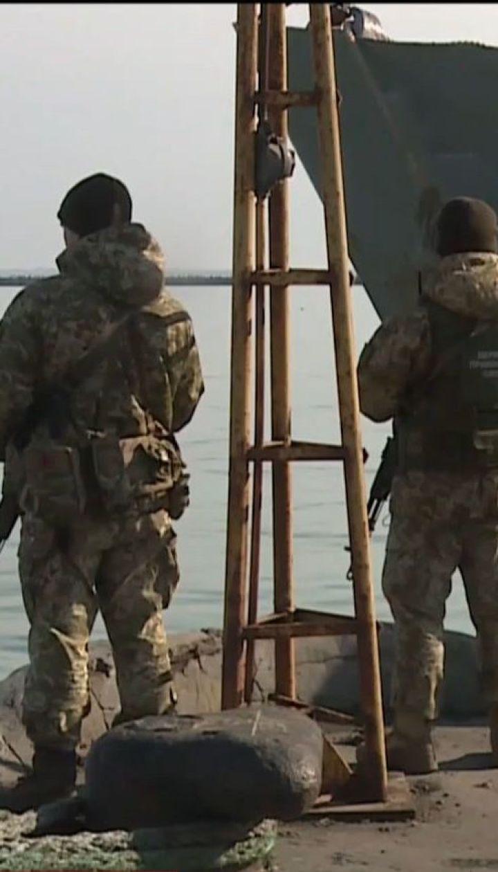 Украинские рыбаки уже третий месяц не могут вернуться домой с аннексированного Крыма