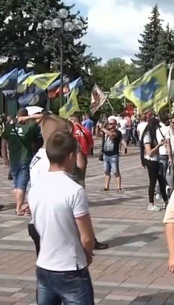 """Водители """"евроблях"""" продолжают блокировать центр столицы"""
