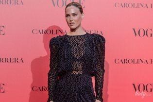 Не лучший выбор: Бар Рафаэли в полупрозрачном платье пришла на светское мероприятие