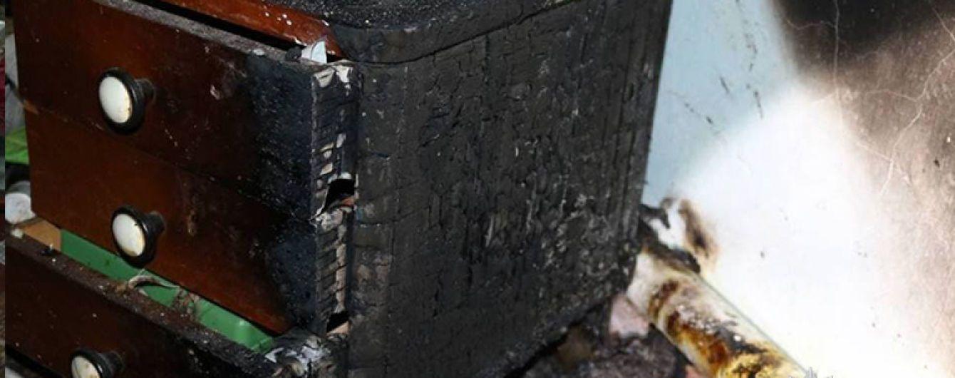 На Прикарпатье двое детей погибли в огне, пока отец ходил в магазин