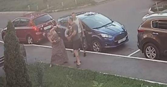 Депутату Пасальському, який вдарив жінку за зауваження, оголосили підозру