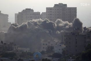 По Ізраїлю випустили близько 90 ракет із Сектора Гази, ізраїльська армія нанесла удар у відповідь