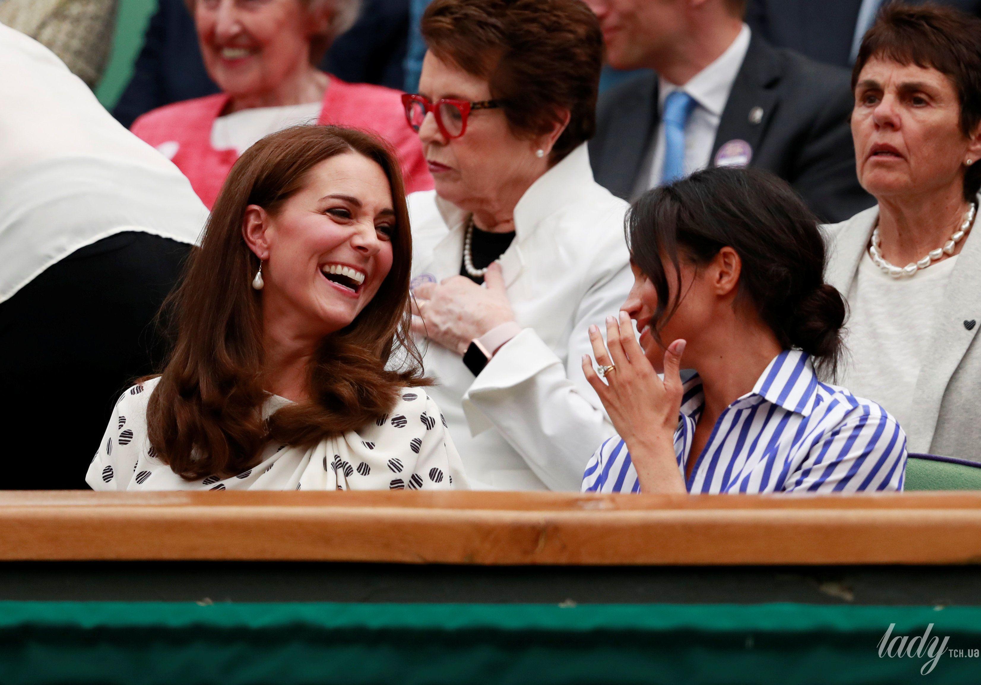 Герцогиня Кембриджская и герцогиня Сассекская_5