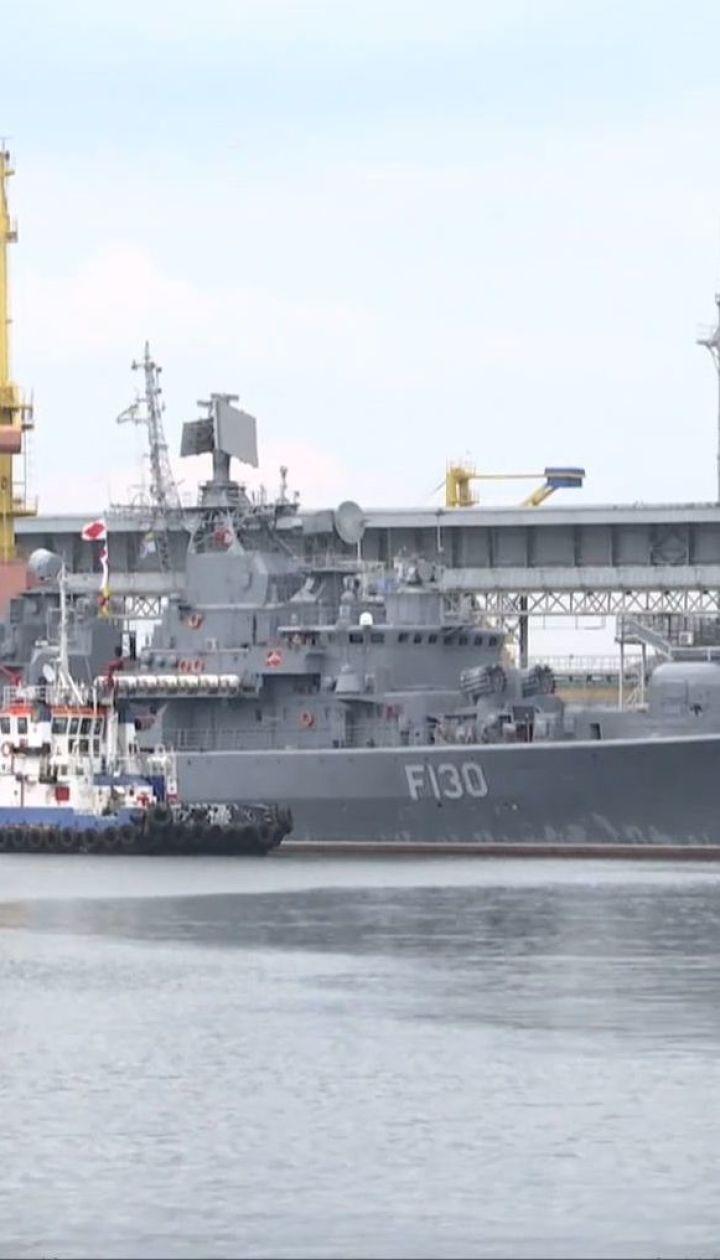 Захват Азовского моря: военные корабли России в четырех милях от украинских пляжей