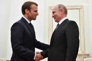 Макрон встретился с Путиным перед финалом Чемпионата мира
