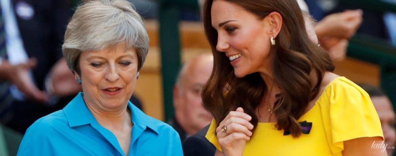 Затьмарила Терезу Мей: герцогиня Кембриджська приїхала на Вімблдон у яскравій і дорогій сукні від Dolce & Gabbana