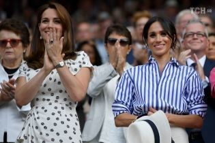 Меган у смужку та Кейт у горошок: герцогині здійснили свій перший офіційний вихід без чоловіків