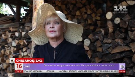 """Ада Роговцева отримала премію """"Золотий Дюк"""" на Одеському кінофестивалі"""