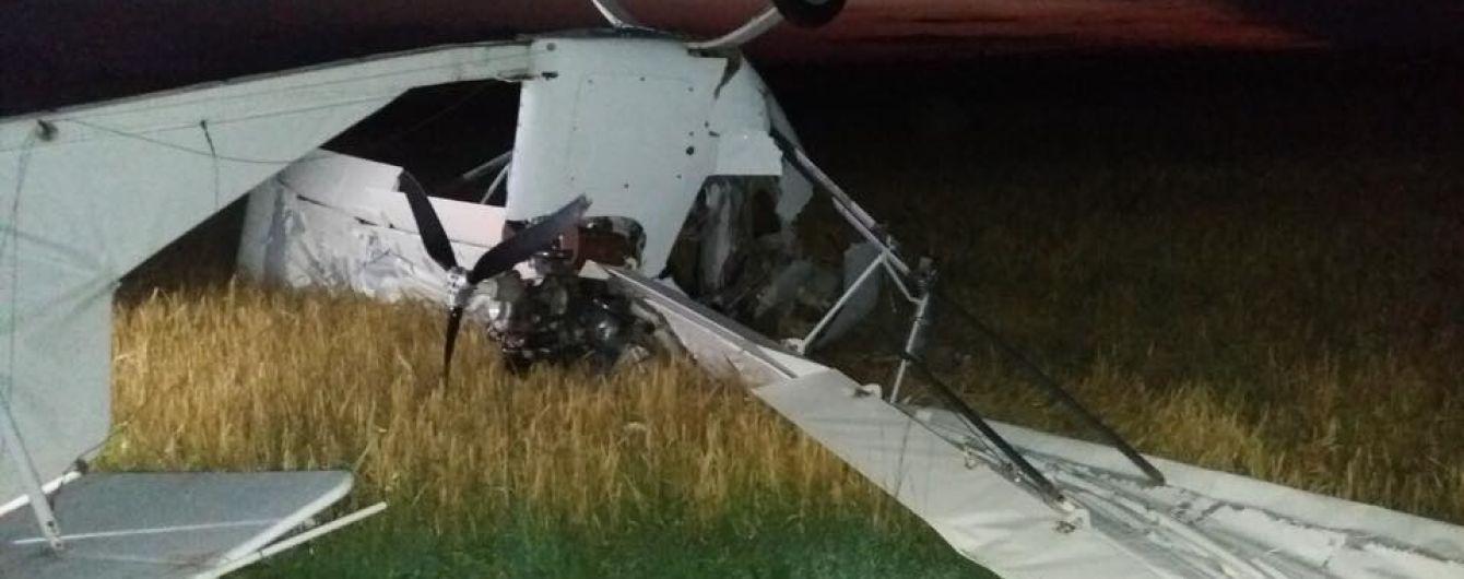 В Мексике упал и загорелся маленький самолет: погибла семья, из них четверо дети