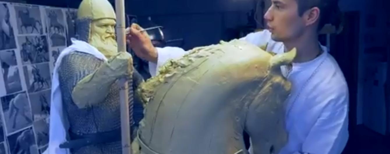 В Киеве завершают изготовление памятника Илье Муромцу, который создавали при помощи 3D-принтера