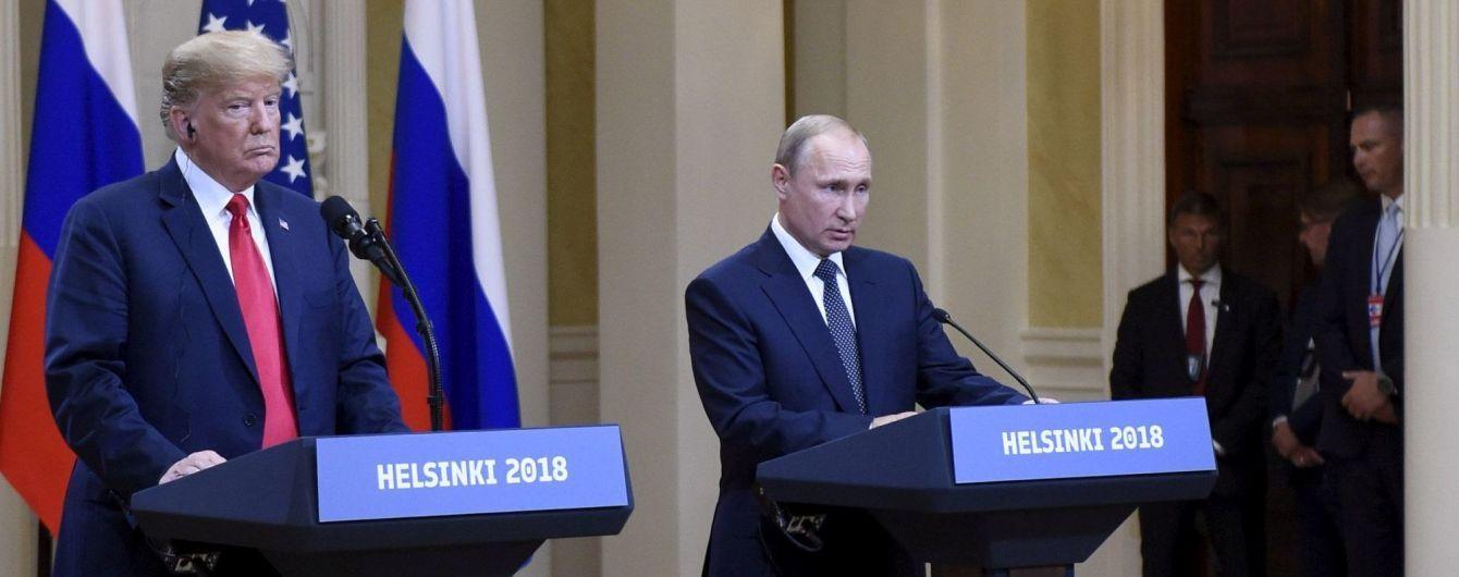 Парад поправок: как Трамп и Путин корректировали свои скандальные заявления на пресс-конференции