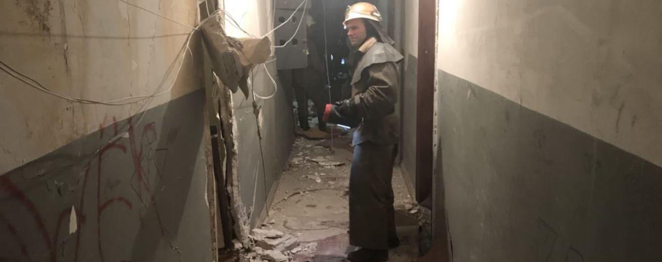 В Кривом Роге взрывом развалило две квартиры, трое людей травмированы
