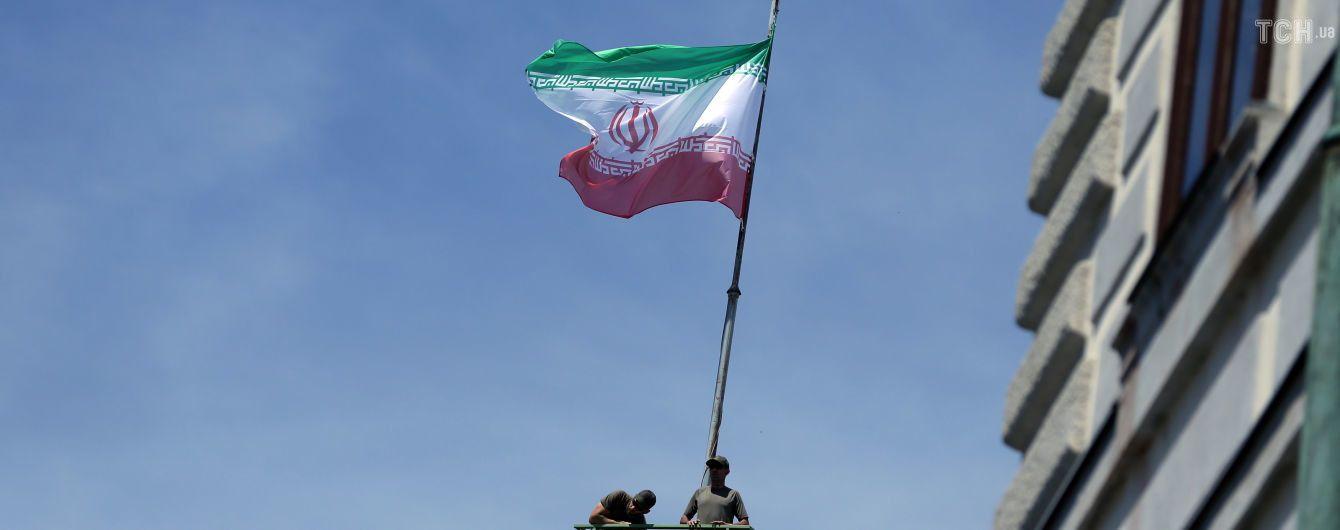 Иран объявил о запуске стратегии, которая спасет страну от санкций США