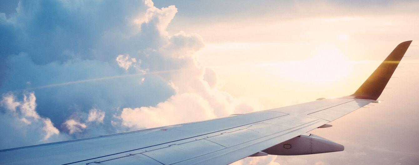 З американського аеропорту викрали пасажирський літак