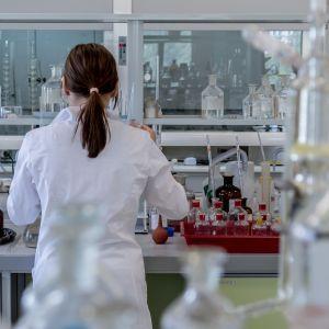 Чума, віспа, сибірка: у землі та спецлабораторіях приховані загрози, страшніші за китайський коронавірус