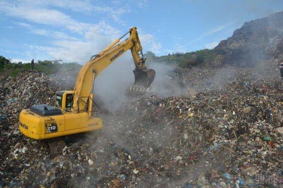 В Києві обіцяють збудувати перший сміттєпереробний завод в Україні