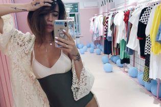 Надя Дорофєєва похвалилася стрункою фігурою в сексуальному вбранні