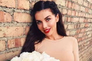 Анна Седокова впервые привезла сына в Киев