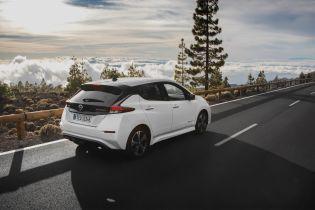 Nissan Leaf побив рекорд продажів Renault Zoe