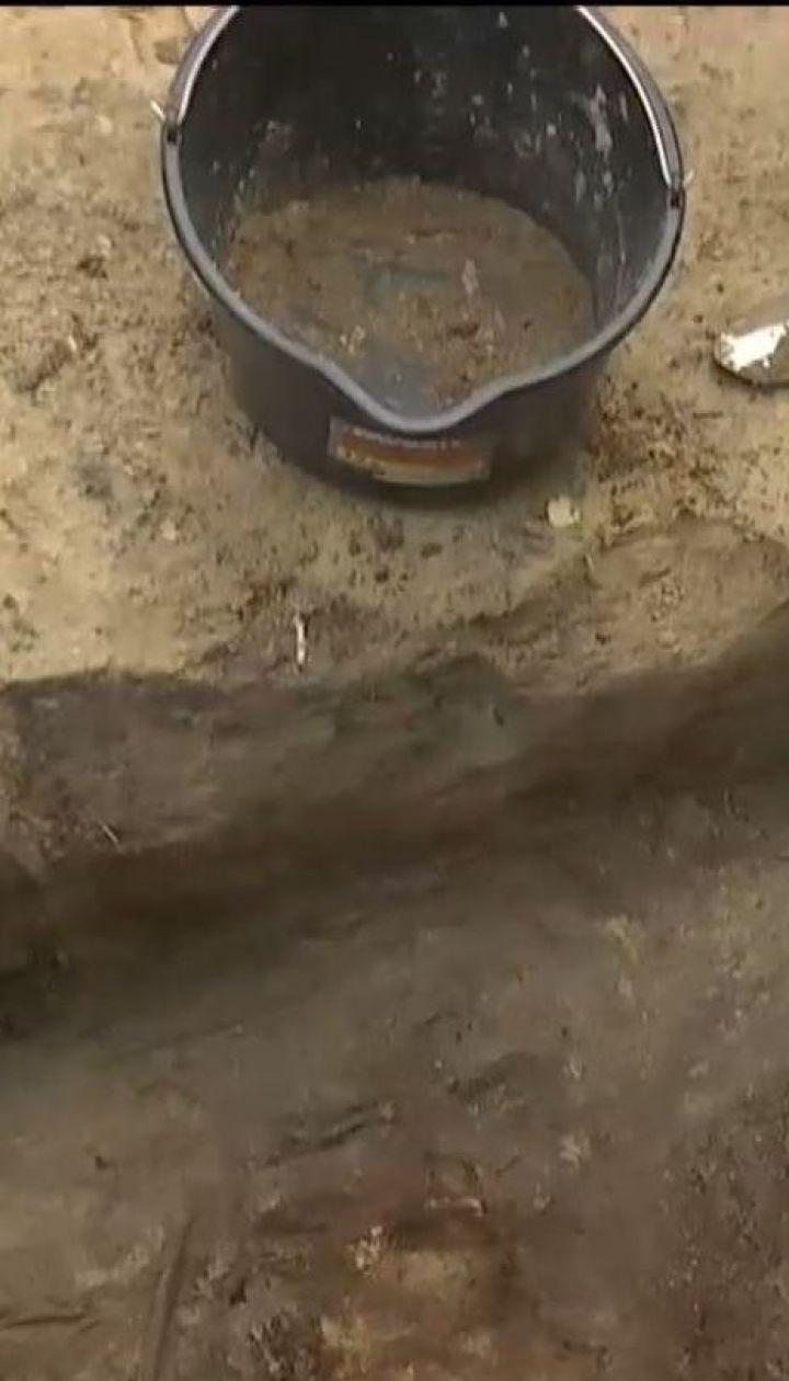 Древнее семиярусное кладбище нашли в Чернигове