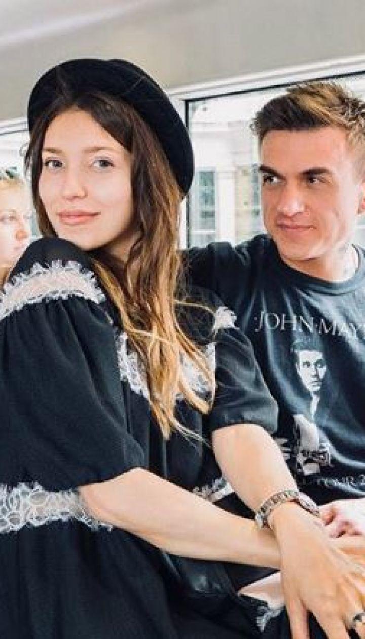 Регіна Тодоренко підтвердила стосунки з російським співаком і засвітила округлий живіт