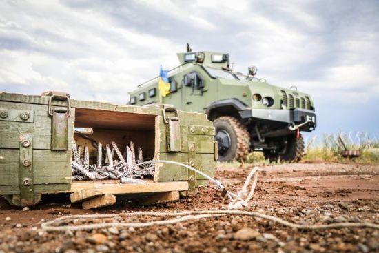 Бойовики на Донбасі 18 разів обстрілювали позиції ЗСУ: троє бійців отримали поранення
