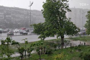 Зливи на заході і спека на сході. Погода в Україні на 27 липня