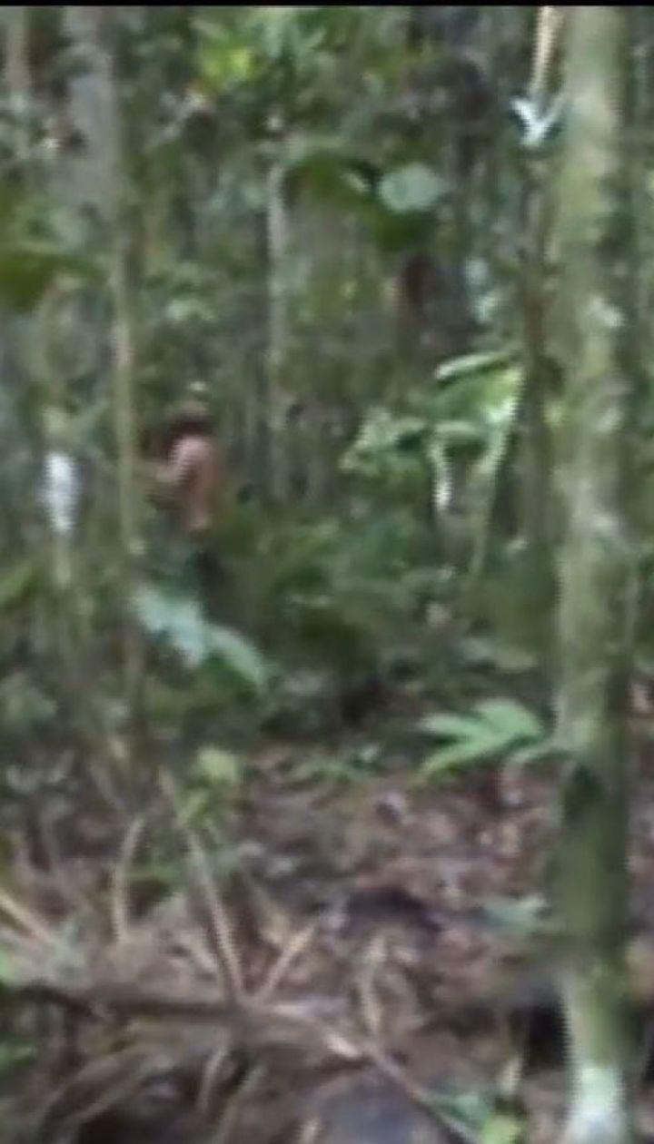 Видео с последним представителем амазонского племени появилось в сети