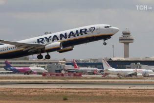 Сьогодні Ryanair здійснює перший рейс з України. Що варто знати про переліт лоукост-авіакомпанією