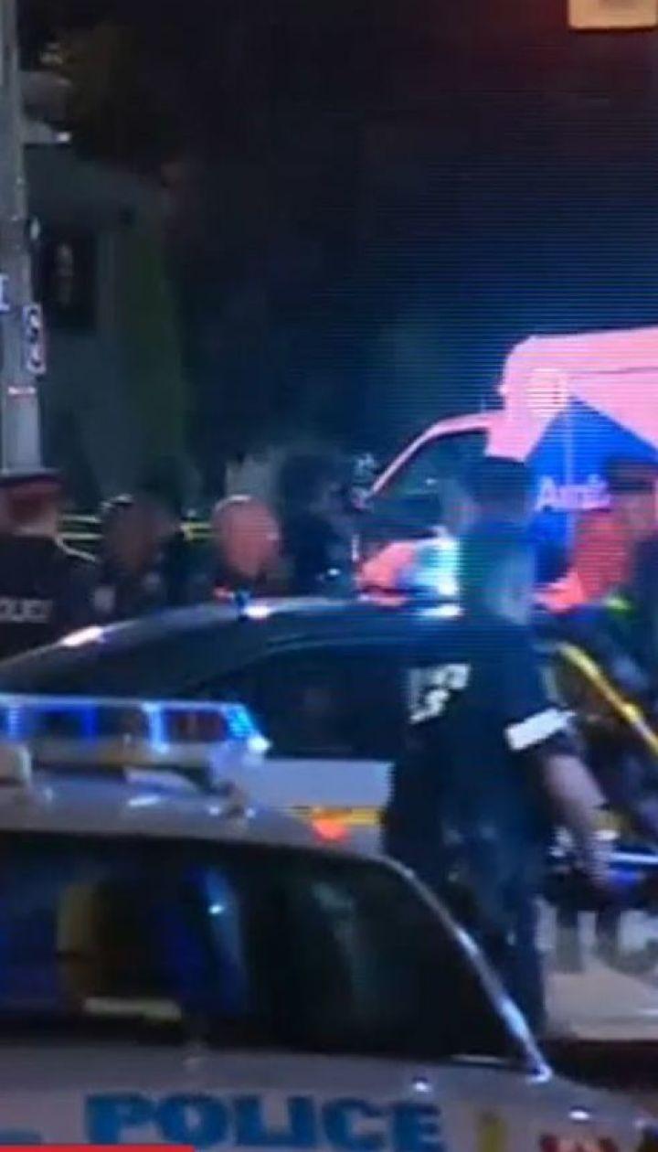 Масова стрілянина сталась у Торонто, є загиблі