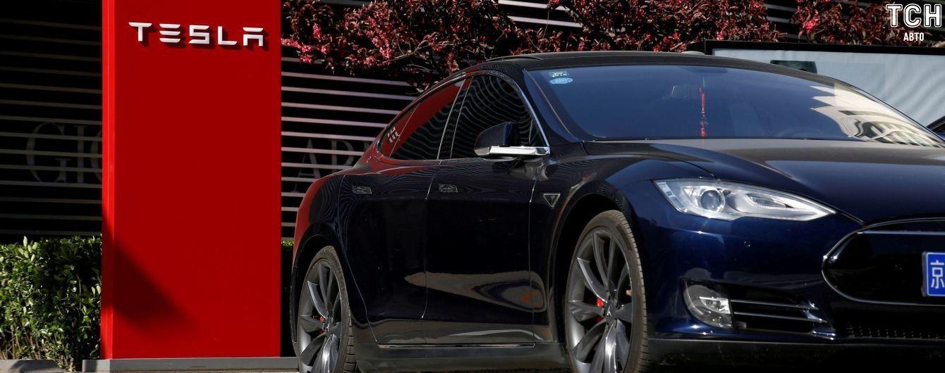 В Tesla попросили поставщиков вернуть часть денег за старые сделки