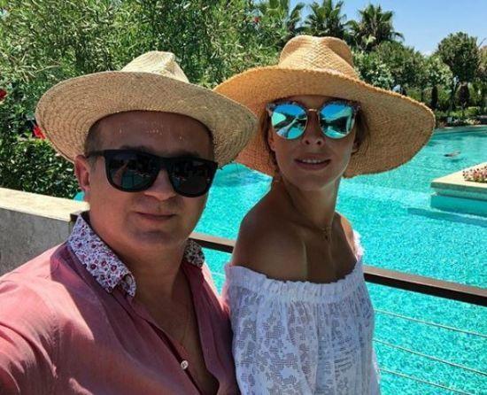 У новому випуску #шоуюри Горбунов покаже, як Катя Осадча збирається на вечірки