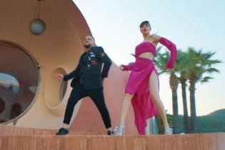 Monatik показав їхню з Дорофєєвою першу репетицію фінального танцю у спільному кліпі