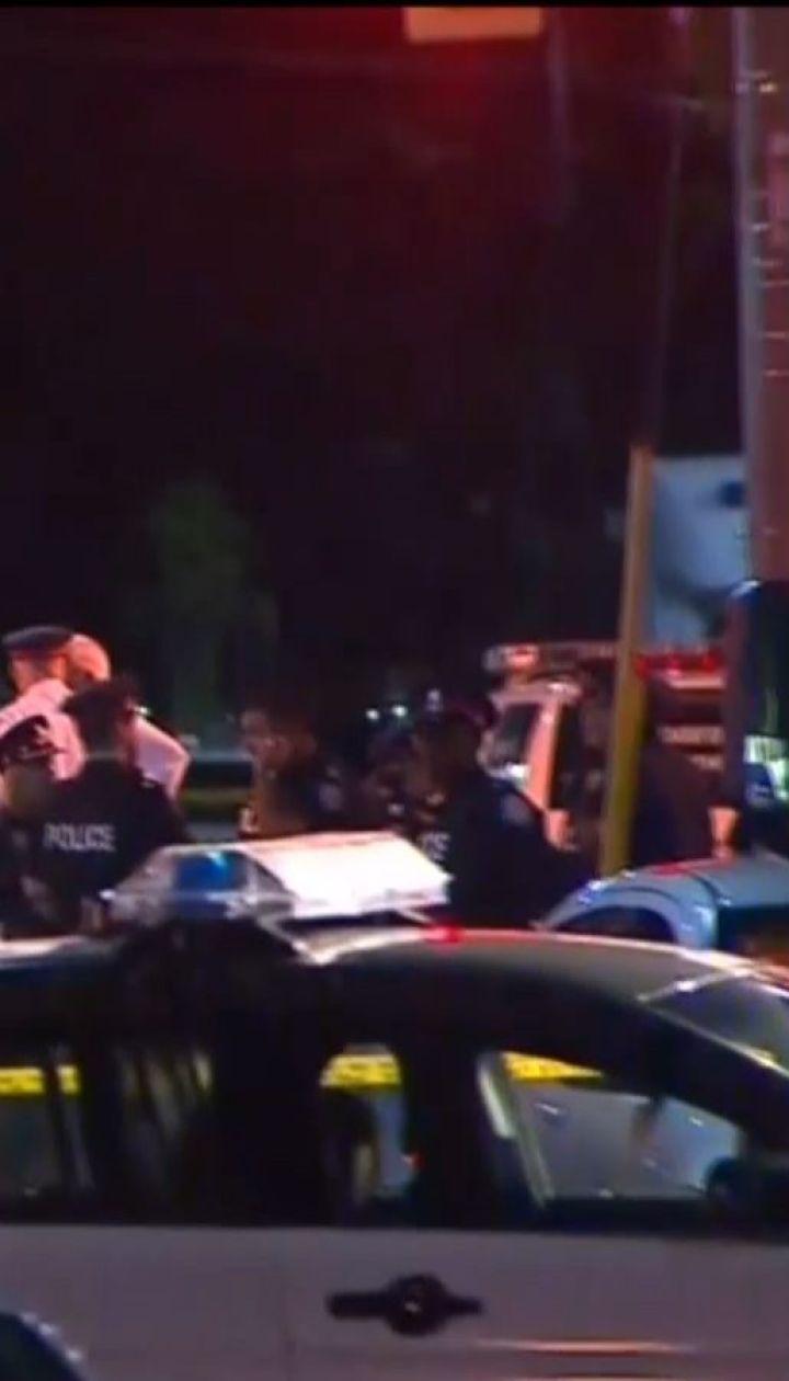 В Торонто мужчина открыл огонь по прохожим и посетителям кафе, есть погибшие