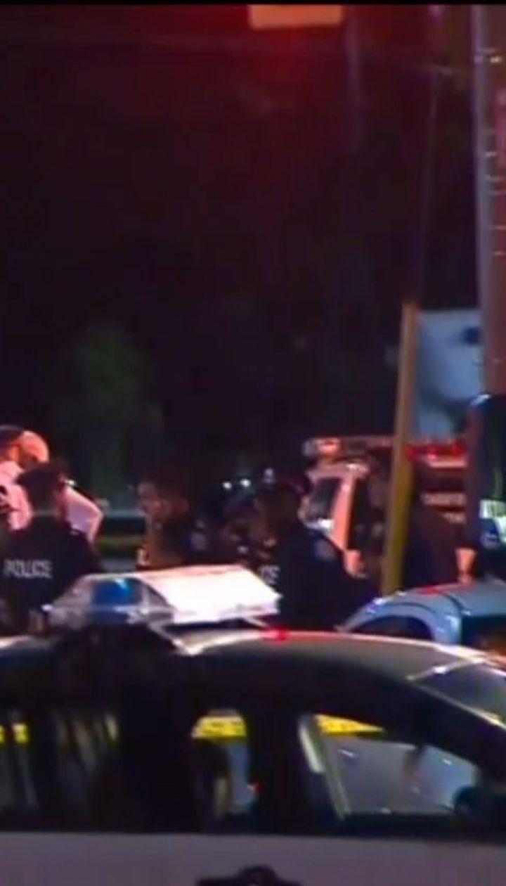 У Торонто чоловік відкрив вогонь по перехожих та відвідувачах кафе, є загиблі
