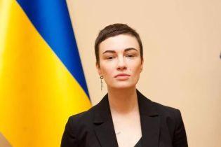 Анастасія Приходько заявила, що йде у політику з командою Тимошенко
