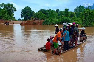 В результате прорыва дамбы в Лаосе сотни людей пропали без вести, десятки могли погибнуть
