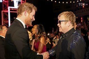 Елтон Джон та Принц Гаррі об'єдналися заради боротьби зі СНІДом