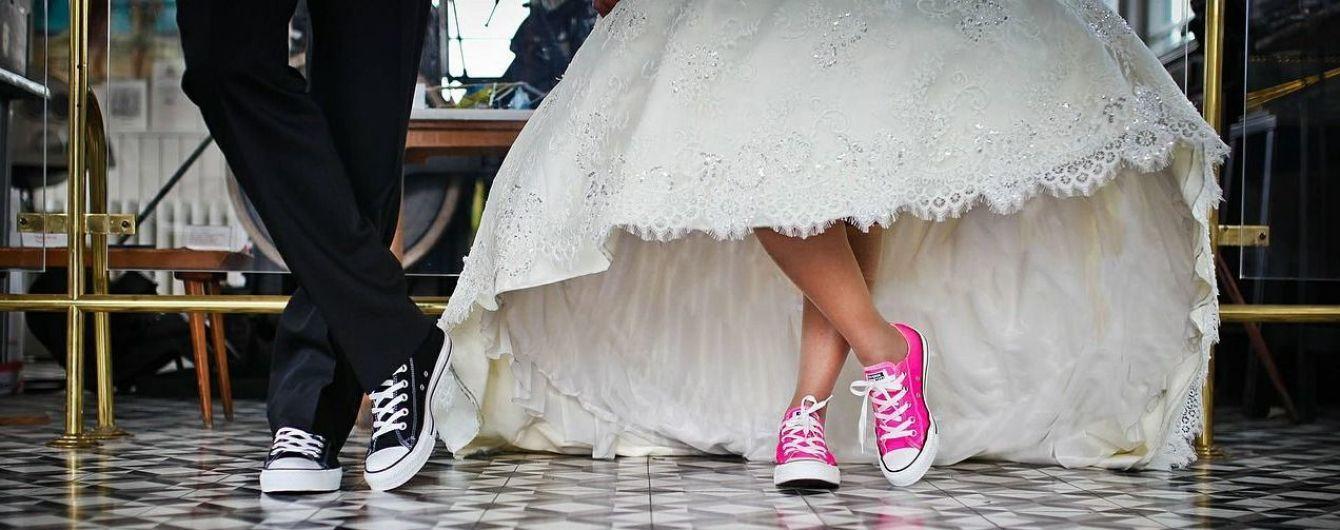 В августе украинцы трижды за месяц устроят свадебный бум