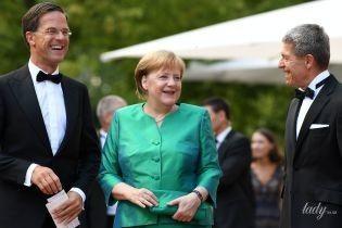 Не такая, как всегда: Ангела Меркель произвела фурор на красной дорожке фестиваля