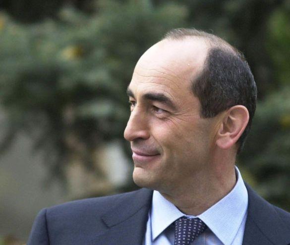Роберт Кочарян, Вірменія